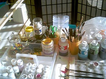 Paintbrushes to use for silk painting and other tools (photo)